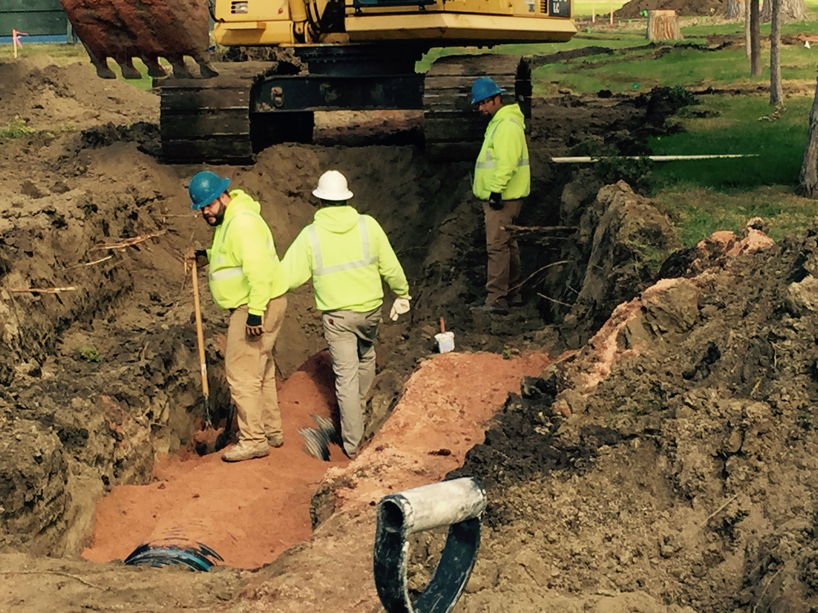WATER DEPT. INSTALLING STORM SEWER FOR GRIFFIN PARK STORM SHELTER
