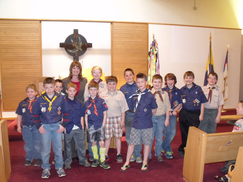 Mayor Laurie Gill with Cub Scout